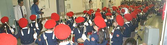 さくら幼稚園児によるマーチング演奏では、みんな一生懸命に演奏してくれました。